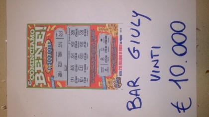 Gratta e vince 10mila euro