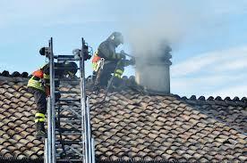 Canna fumaria in fiamme a Gimarra