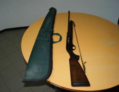 A spasso con fucile da caccia rubato, 17enne scoperto dai carabinieri