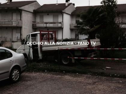 furgone_utilizzato_per_rapina