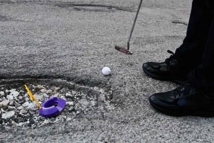 Giocando a golf tra le buche di… Fano. L'ironia di un lettore, per non piangere