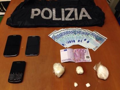 La squadra Mobile di Pesaro stronca un traffico di cocaina dalla Romagna. Due uomini e una donna in manette