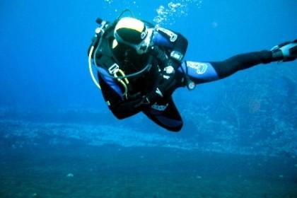 Malore dopo un'immersione, muore 52enne di Fano