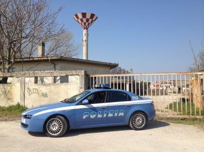 Vivevano al mattatoio, denunciati 11 rumeni