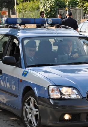 Polizia in azione: arrestato ladro a Pesaro e denunciati due truffatori a Fano