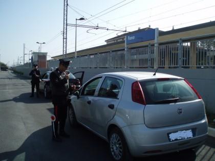 Adolescenti alla guida di un'auto rubata. Fermati dai Carabinieri a Calcinelli