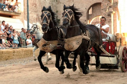 Santorelli e Garbatini sul turismo fanese: dov'è il programma estivo ?