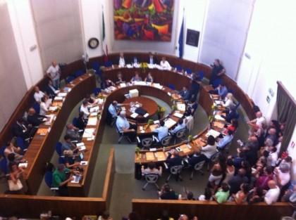 """Il Consiglio Comunale dice """"no"""" all'adozione della variante dell'ex zuccherificio – VIDEO"""