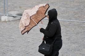 Maltempo: pioggia, vento e grandine nelle Marche – VIDEO