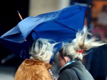 Maltempo, giovedì piogge e vento forte nelle Marche