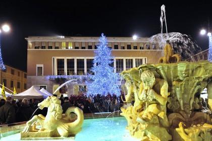 Pesaro, un fine settimana di mercatini e animazione