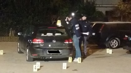 Sparò undici colpi di pistola al rivale: concessi gli arresti domiciliari