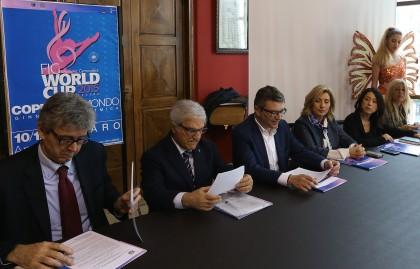 Pesaro,presentazione gara coppa del mondo di ginnastica