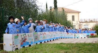 """"""" Gli studenti e il treno"""" per il 100° anniversario ferrovia Fano- Fermignano"""