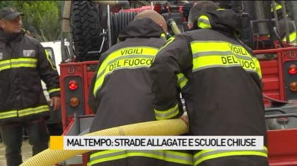 Maltempo, strade allagate e scuole chiuse – VIDEO