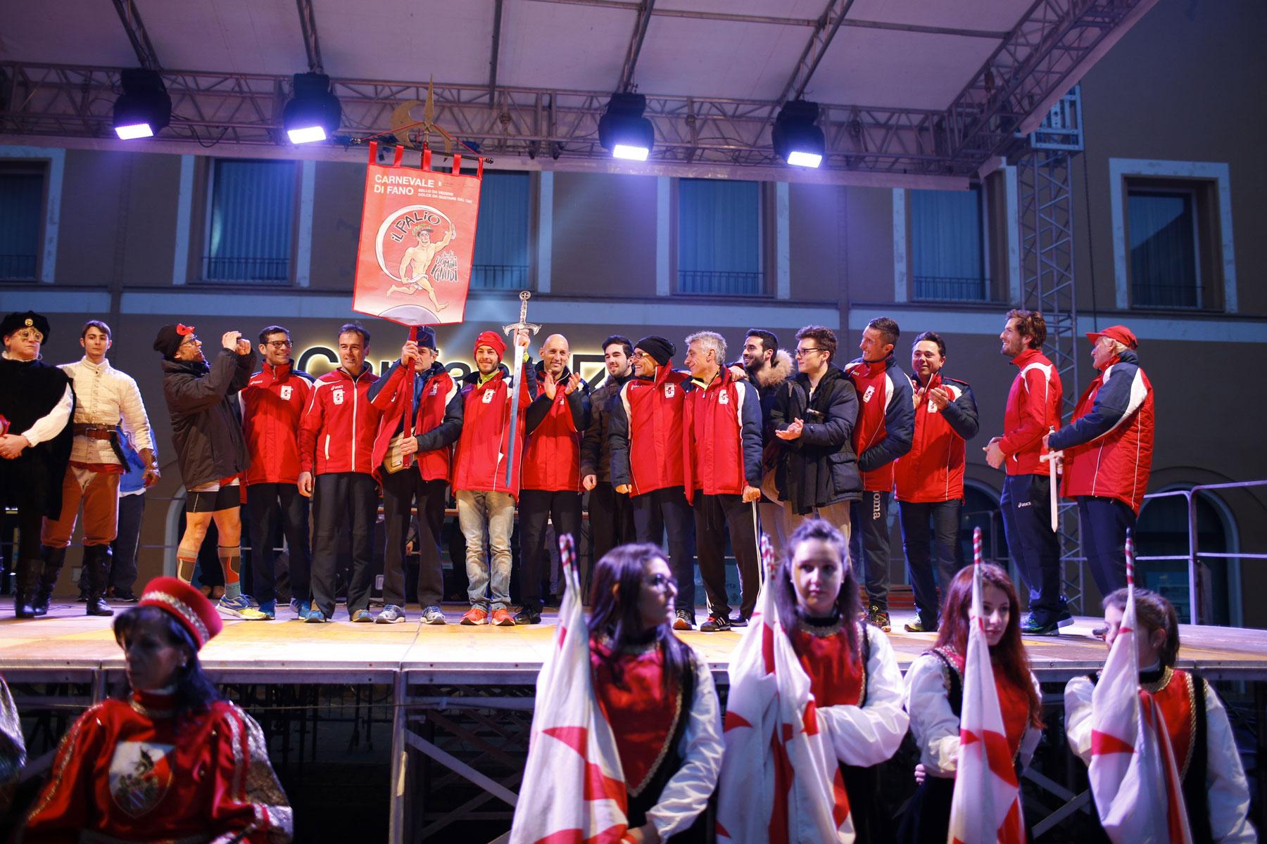 La-squadra-rossa-vince-il-Palio-Ph-@Wilson_Santinelli