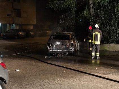 auto-fiamme-2