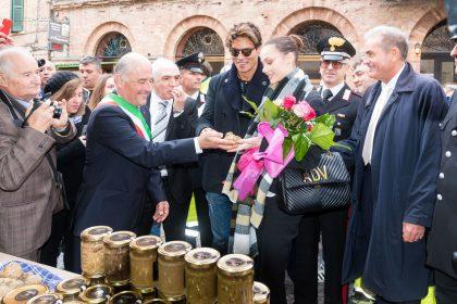 sindaco-adua-del-vesco-gabriel-garko