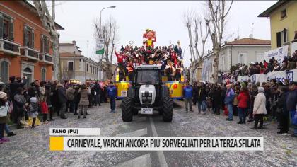 Carnevale, varchi ancora più sorvegliati per la terza sfilata – VIDEO
