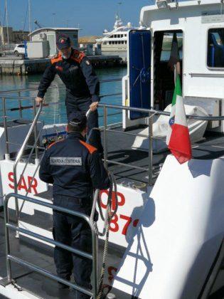 Fano: continua il monitoraggio nel tratto di mare interdetto per la presenza dell'ordigno