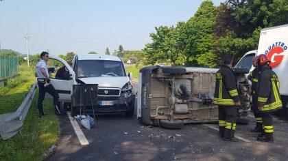 Grave incidente stradale a Fenile di Fano (Foto e Video)