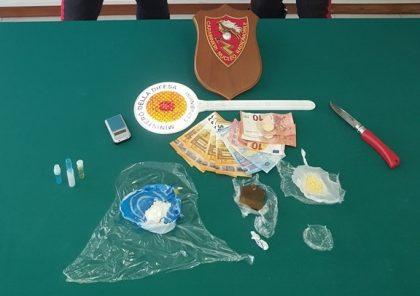 Conviventi 40enni arrestati dai Carabinieri di Fano per spaccio e lesioni