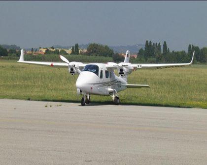 Cento anni e non sentirli, l'aeroporto di Fano verso il futuro: ecco i progetti