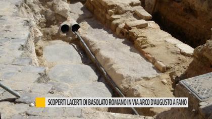 Scoperti lacerti di basolato romano in via Arco d'Augusto a Fano – VIDEO