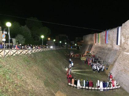 5° Palio delle Contrade: vince Vescovado – VIDEO
