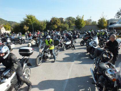 A Sant'Angelo in Vado si scaldano motori e fornelli: al via il 40° Motoraduno del Tartufo