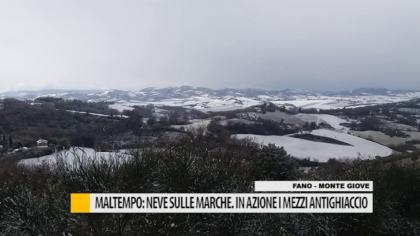 Maltempo: neve sulle Marche. In azione i mezzi antighiaccio – VIDEO