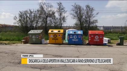 Discarica a cielo aperto in viale Zuccari a Fano: servono le telecamere – VIDEO