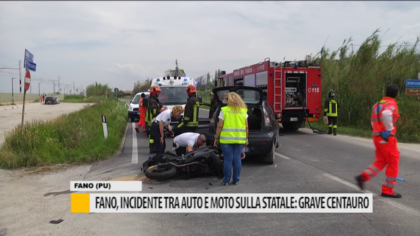 Fano, grave incidente tra auto e moto sulla statale: grave centauro – VIDEO