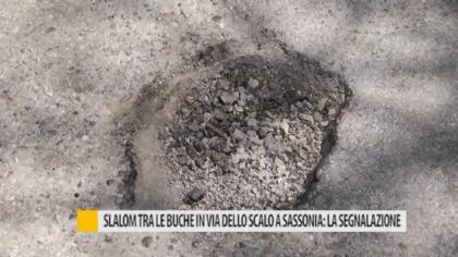 Slalom tra le buche in Via dello Scalo a Sassonia: la segnalazione – VIDEO