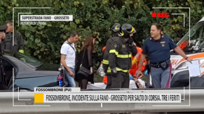 Fossombrone, incidente sulla Fano – Grosseto per salto di corsia. Tre i feriti – VIDEO