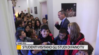 50 studenti in visita agli studi di Fano TV – VIDEO